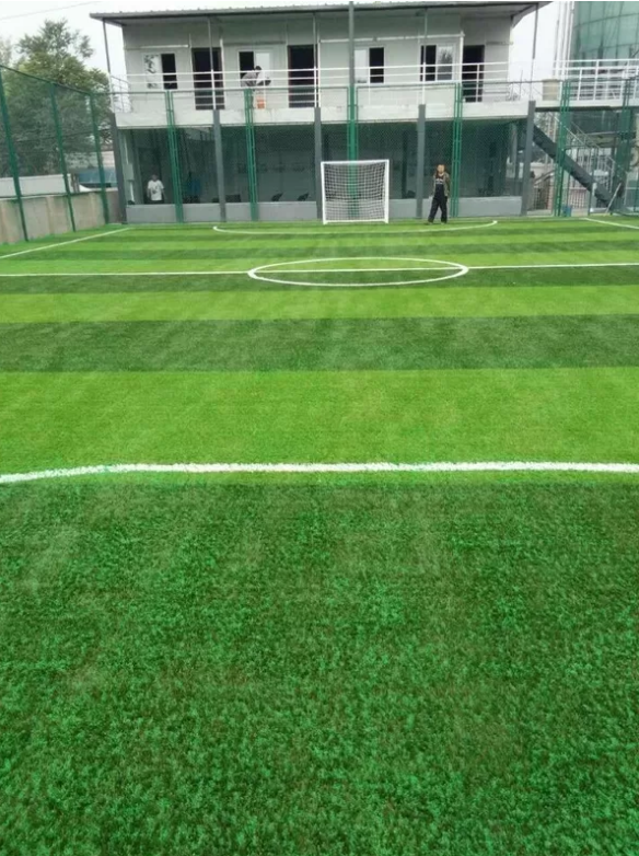 IRB Standard Corrosion Resistance SEBS Rubber Synthetic Grass Infill Good Water Permeability Odorless